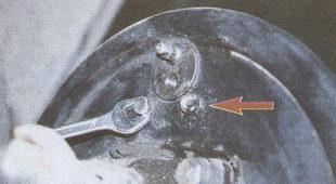 крепления тормозного цилиндра к тормозному щиту