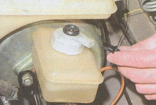 колодка датчика уровня тормозной жидкости
