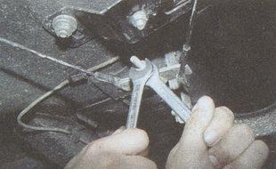 регулировочные гайки ручного тормоза