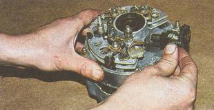 регулятор напряжения автомобиля Волга ГАЗ 31105