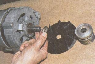 шкив, вентилятор, втулка генератора автомобиля Волга ГАЗ 31105