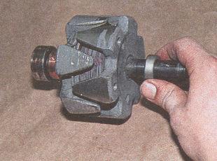дистанционная втулка ротора генератора автомобиля Волга ГАЗ 31105