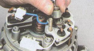 шайба и дистанционная втулку вывода питания генератора