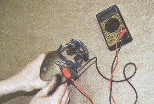 проверка отсутствия замыкания обмоток статора на корпус стартера