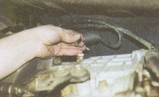 наконечники проводов выводов выключателя заднего хода ГАЗ 31105
