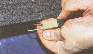 разъемы проводов фонаря дополнительного сигнала торможения