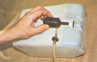 насос - бачок омывателя лобового стекла