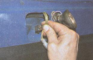 шланг подвода жидкости форсунки омывателя