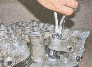маслоотражательные колпачки ЗМЗ 406 на автомобиле Волга ГАЗ 31105