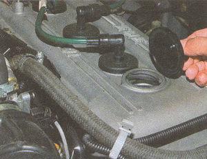 маслоналивная горловина двигателя ЗМЗ 406