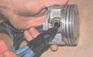 стопорные кольца поршневого палеца ЗМЗ 406