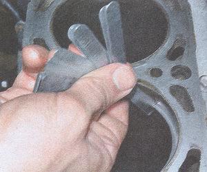 зазор замка поршневых колец
