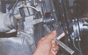 проверка и замена датчика синхронизации на автомобиле Волга ГАЗ 31105
