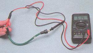 высоковольтный провод - катушка зажигания двигатель ЗМЗ 406 Волга ГАЗ 31105