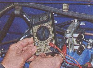 колодка жгута проводов системы управления двигателем и датчика положения дроссельной заслонки