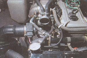 После выключения двигателя автомобиль волга массой 1800