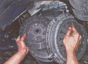 ведущий диск сцепления Волга ГАЗ 31105 - ведомый диск сцепления Волга ГАЗ 31105