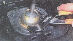 колпак рычага коробки передач ГАЗ 31105