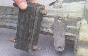 подушка опоры двигателя ГАЗ 31105