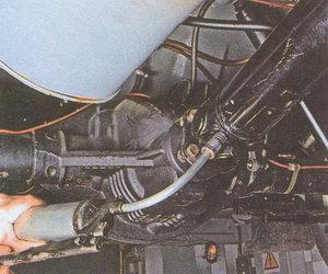 смазка подшипников карданного шарнира автомобиля Волга ГАЗ 31105