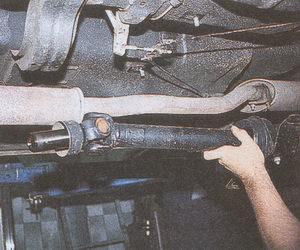 карданный вал автомобиля Волга ГАЗ 31105