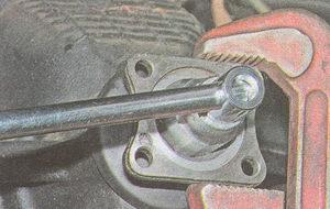 гайка крепления фланца редуктора заднего моста автомобиля ГАЗ 31105