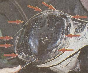крепление крышки картера редуктора заднего моста автомобиля Волга ГАЗ 31105