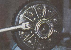 крепление ведомой шестерни к корпусу дифференциала ГАЗ 31105