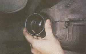 наружное кольцо переднего подшипника картера заднего моста ГАЗ 31105