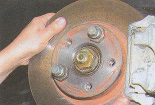 проверка осевого люфта ступицы ГАЗ 31105