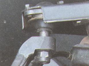 крепление пальца шаровой опоры ГАЗ 31105
