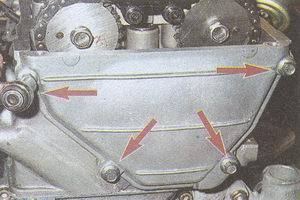 передняя крышка головки блока цилиндров двигателя ЗМЗ 406