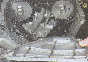 крышка головки блока цилиндров двигателя ЗМЗ 406 с уплотнительной прокладкой
