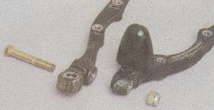 болт соединяющей части нижнего рычага передней подвески Волга ГАЗ 31105