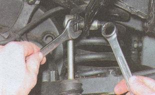 крепления пальца шарового шарнира стойки к штанге стабилизатора ГАЗ 31105