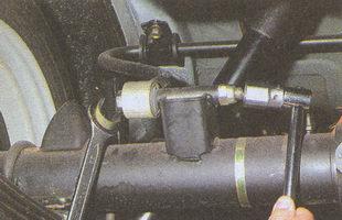 гайка болта крепления штанги стабилизатора к заднему мосту ГАЗ 31105