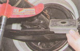 обойма рессоры автомобиля ГАЗ 31105