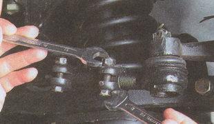 стягивающих хомуты крепления регулировочной трубки