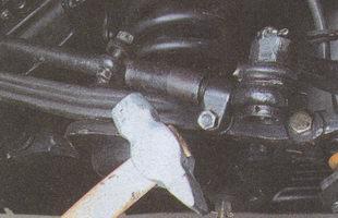 сбиваем хомуты с регулировочной трубки