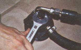 пробка гидроусилителя ГАЗ 31105