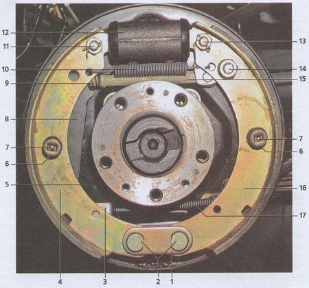 Тормозной механизм заднего колеса автомобиля Волга ГАЗ 31105