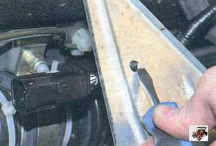 замена управляющего датчика концентрации кислорода Лада Калина ВАЗ 1118