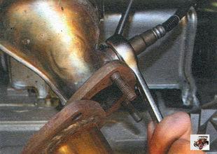 замена диагностического датчика концентрации кислорода Лада Калина ВАЗ 1118