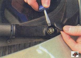 декоративные заглушки гаек рычагов щеток стеклоочистителя Лада Калина ВАЗ 1118