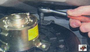 крепление корпуса вентилятора отопителя Лада Калина ВАЗ 1118