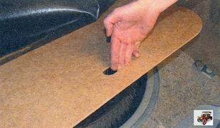 крышка ниши запасного колеса Лада Калина ВАЗ 1118