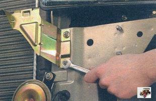 гайки крепления кронштейна переднего бампера Лада Калина ВАЗ 1118