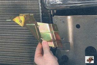 кронштейн переднего бампера Лада Калина ВАЗ 1118