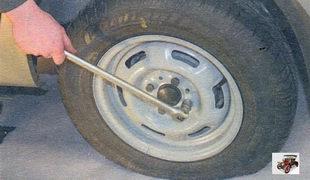 замена колеса Лада Калина ВАЗ 1118