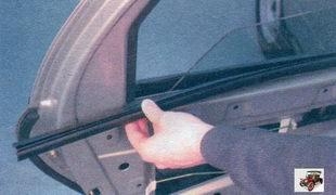 внутренний уплотнитель стекла задней двери Лада Калина ВАЗ 1118